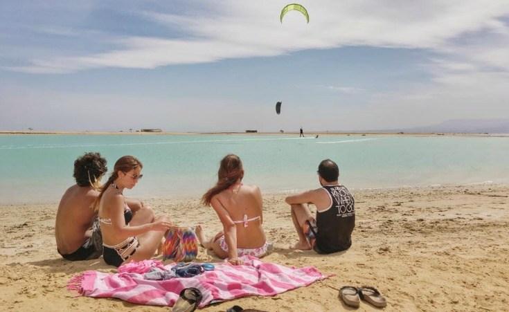 www.apartmentsinhurghada.com - Rental Apartments Hurghada - Tiba Resort - 400m to the public beach - Ideal for kitesurfers