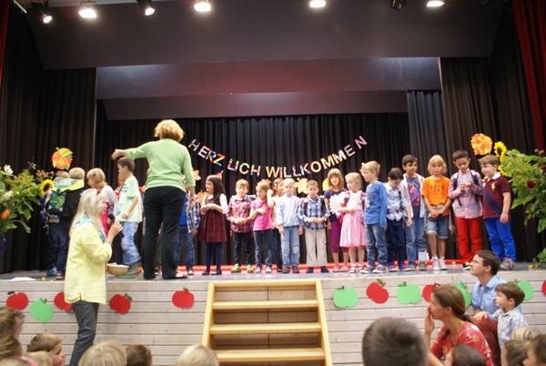 Endlcih dürfen wir die neuen Kinder in der grünen Lerngruppe begrüßen.