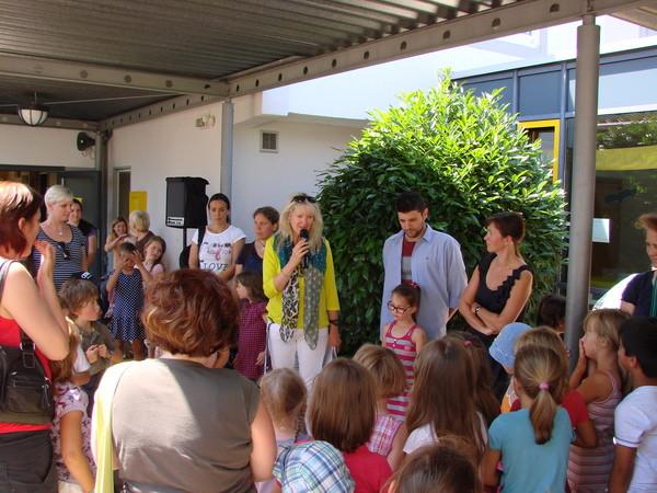 Begrüßung durch usnere Rektorin Frau Witzmann