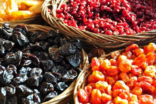 Getrocknete Pflaumen, Cranberry, Baumtomaten