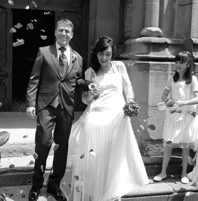 Vestit de núvia i nena: l'Armari d'Eco/ Model: Sara Suñé