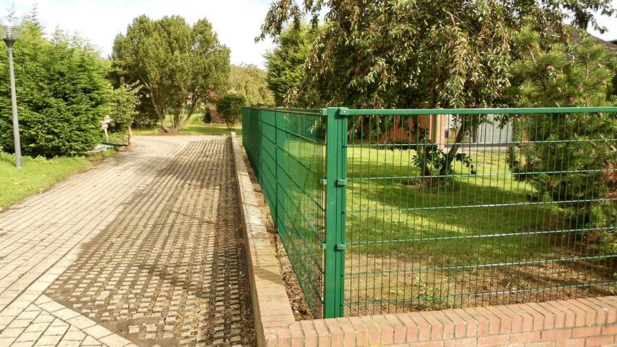 Pose de clôtures par BLS jardin à Charleroi et Nivelles