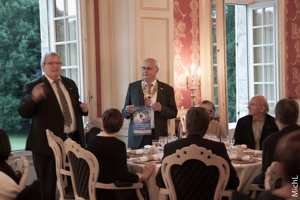 Dîner convivial en présence de Gérard GARNIER, adjoint du gouverneur de notre district