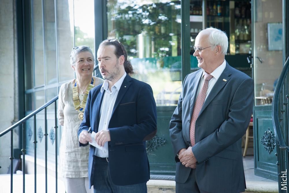 Olivier MARTIN introduit la cérémonie de passation