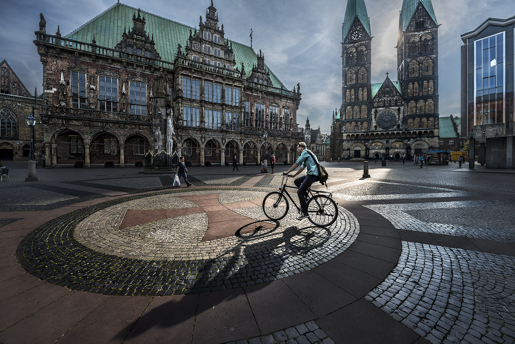 Crossing the light. Brema, Germany