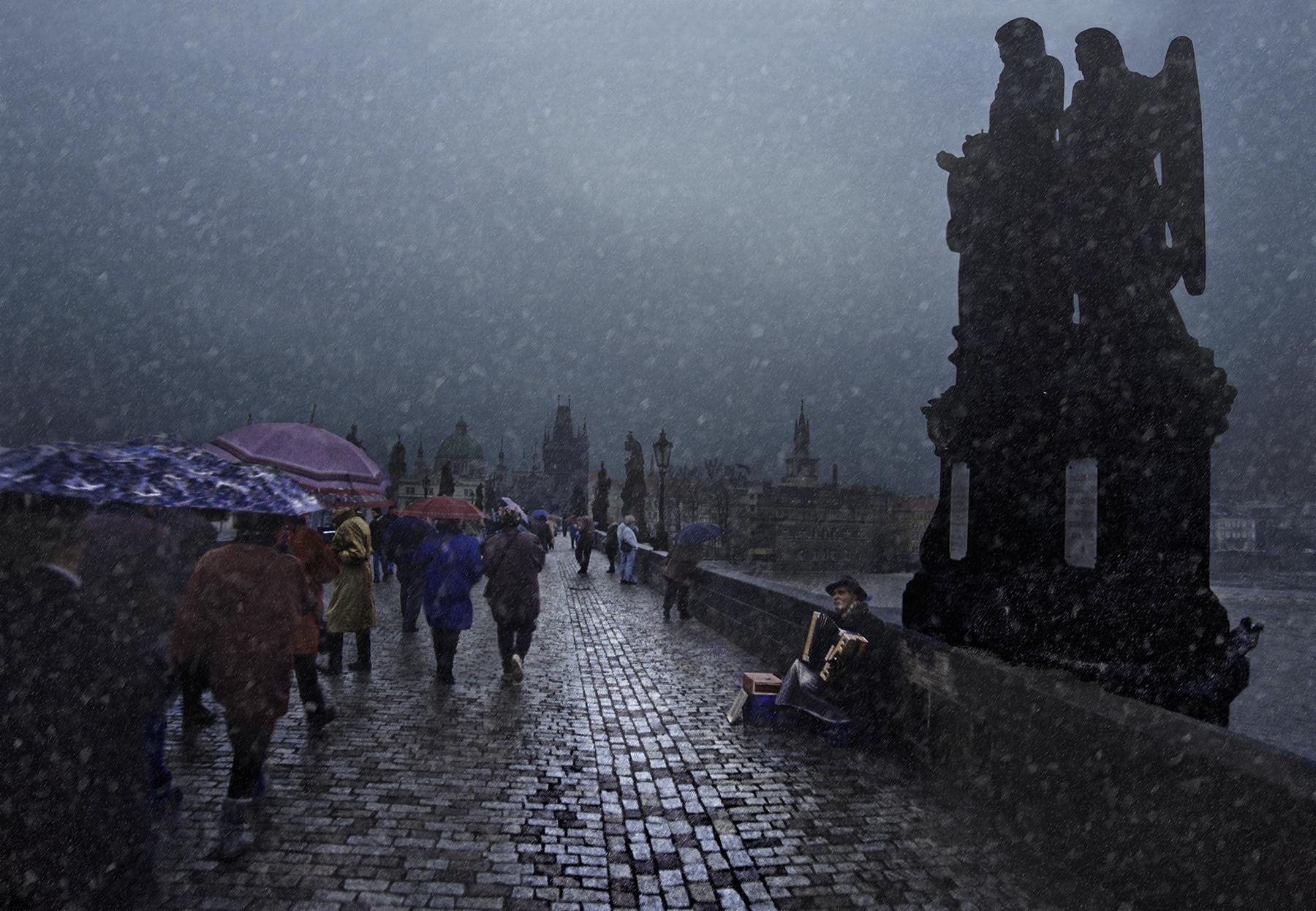 Sera d'inverno sul Ponte Carlo. Praga