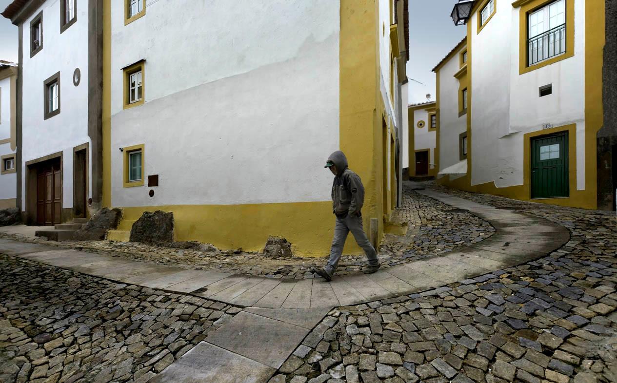 Portuguese alley (Castelo de Vide)