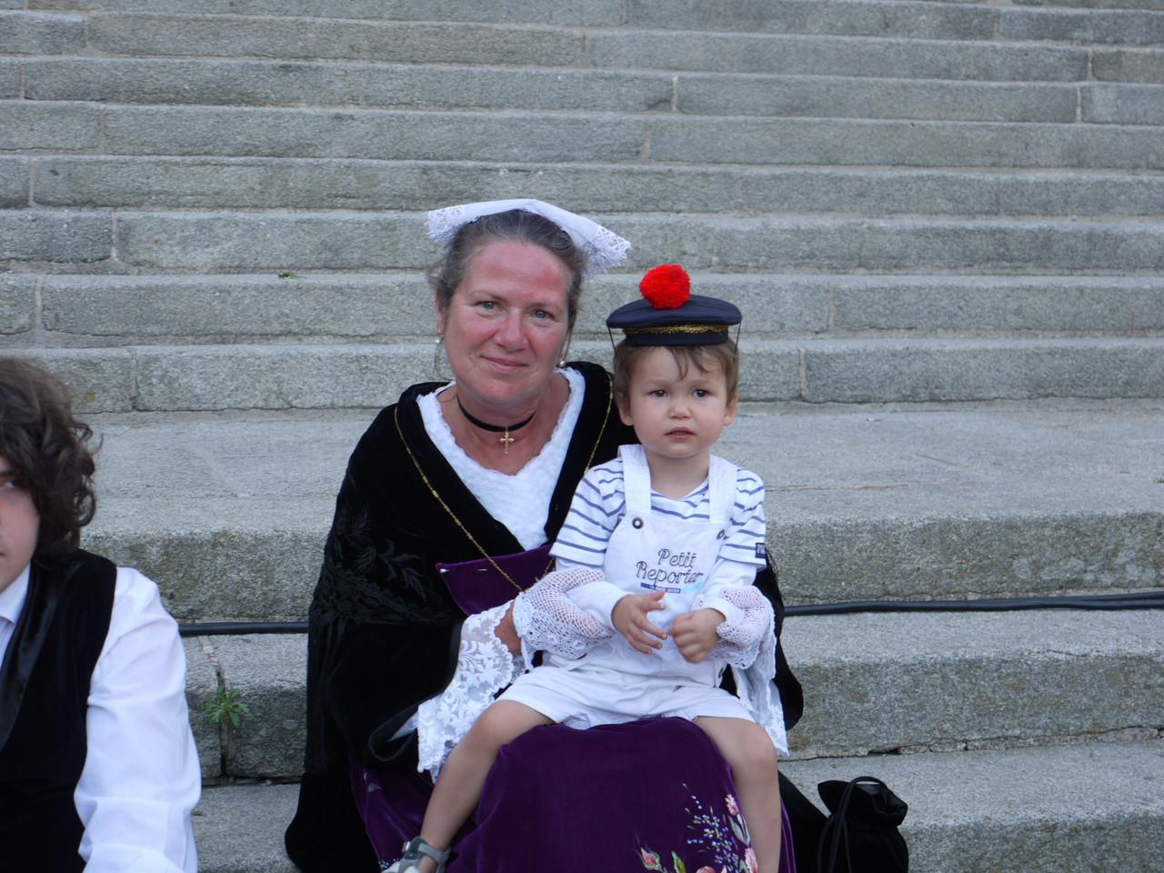 Catherine et notre mascotte Luc