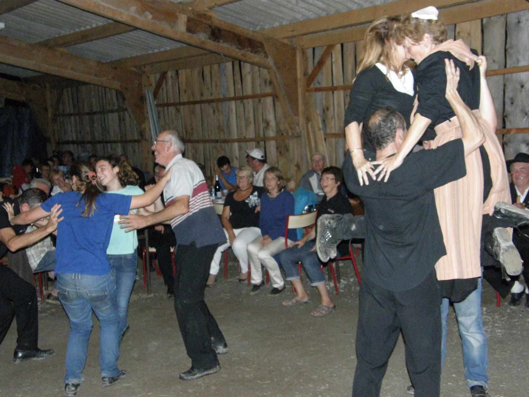 """Une danse émotionnelle """"LE PELELE"""""""