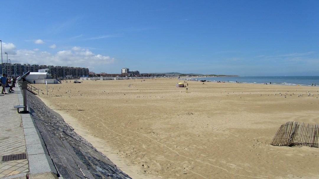 Calais Strand