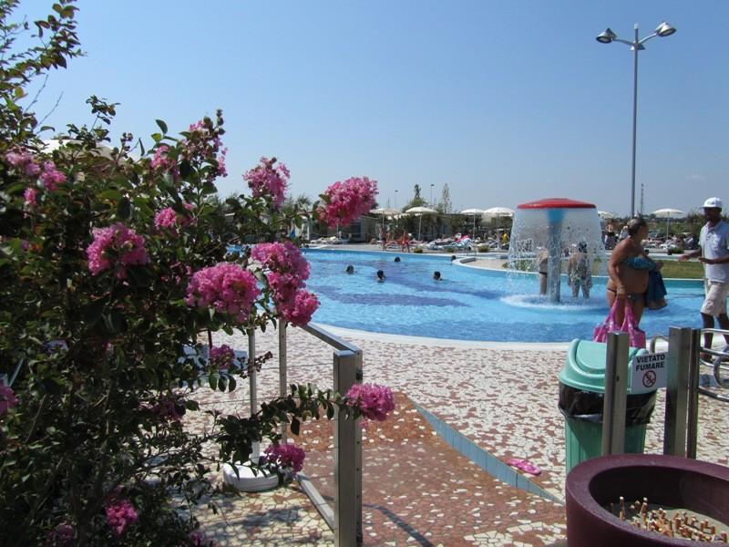 Der neue Pool-Bereich von Camping Adria (Casal Borsetti)