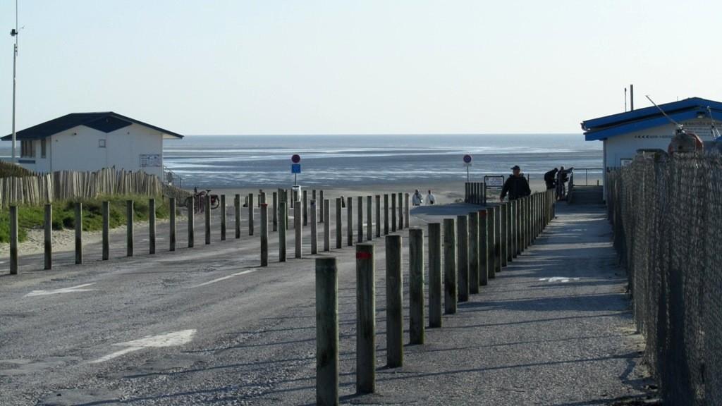 Zugang vom Womo-Stellplatz zum Meer.