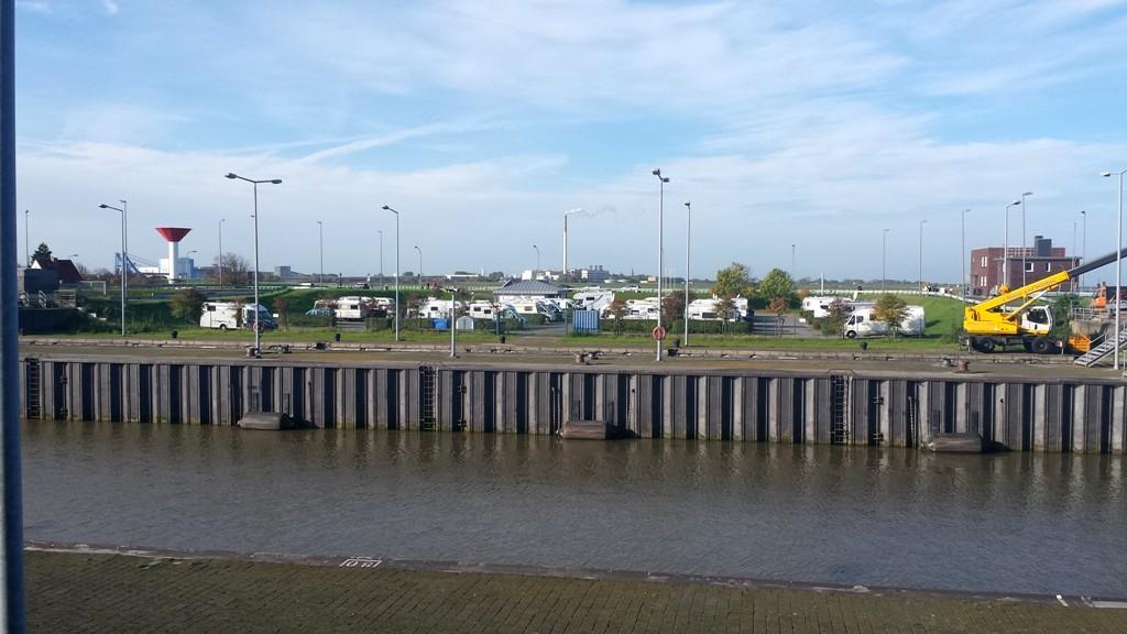 """Stellplatz Bremerhaven """"Doppelschleuse"""""""