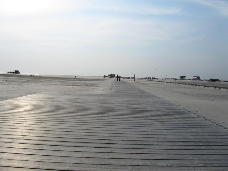SPO Strand ca. 13 km lang und bis zu 2 km breit