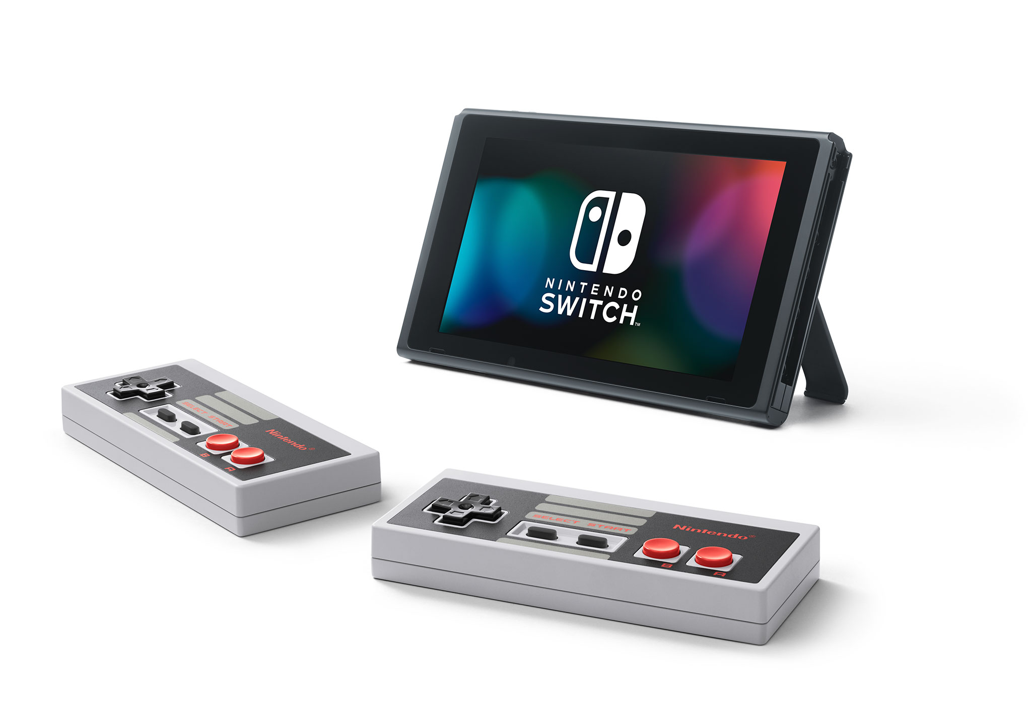 Wer die Klassiker besonders authentisch erleben will, besorgt sich stilechte Wireless-Controller im NES-Design. Die werden zum Aufladen wie Joy-Cons links beziehungsweise rechts an die Switch gesteckt.