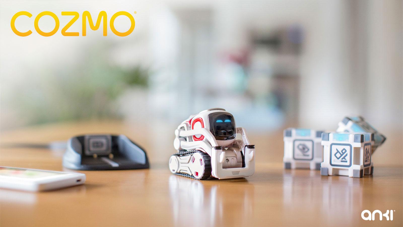 Unglaublich niedlich, aber auch recht beschränkt in seinen Spielmöglichkeiten: Ankis kleiner Roboter Cozmo stapelt leuchtende Boxen und hält seinen Besitzer mit einigen simplen Games bei Laune.