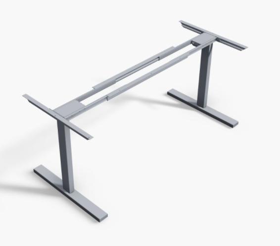 Höhenverstellbarer Schreibtisch  freigestellt vor einem weißen Hintergrund