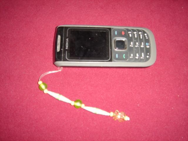 Colgante para celular con cuentas de papel, plástico o madera