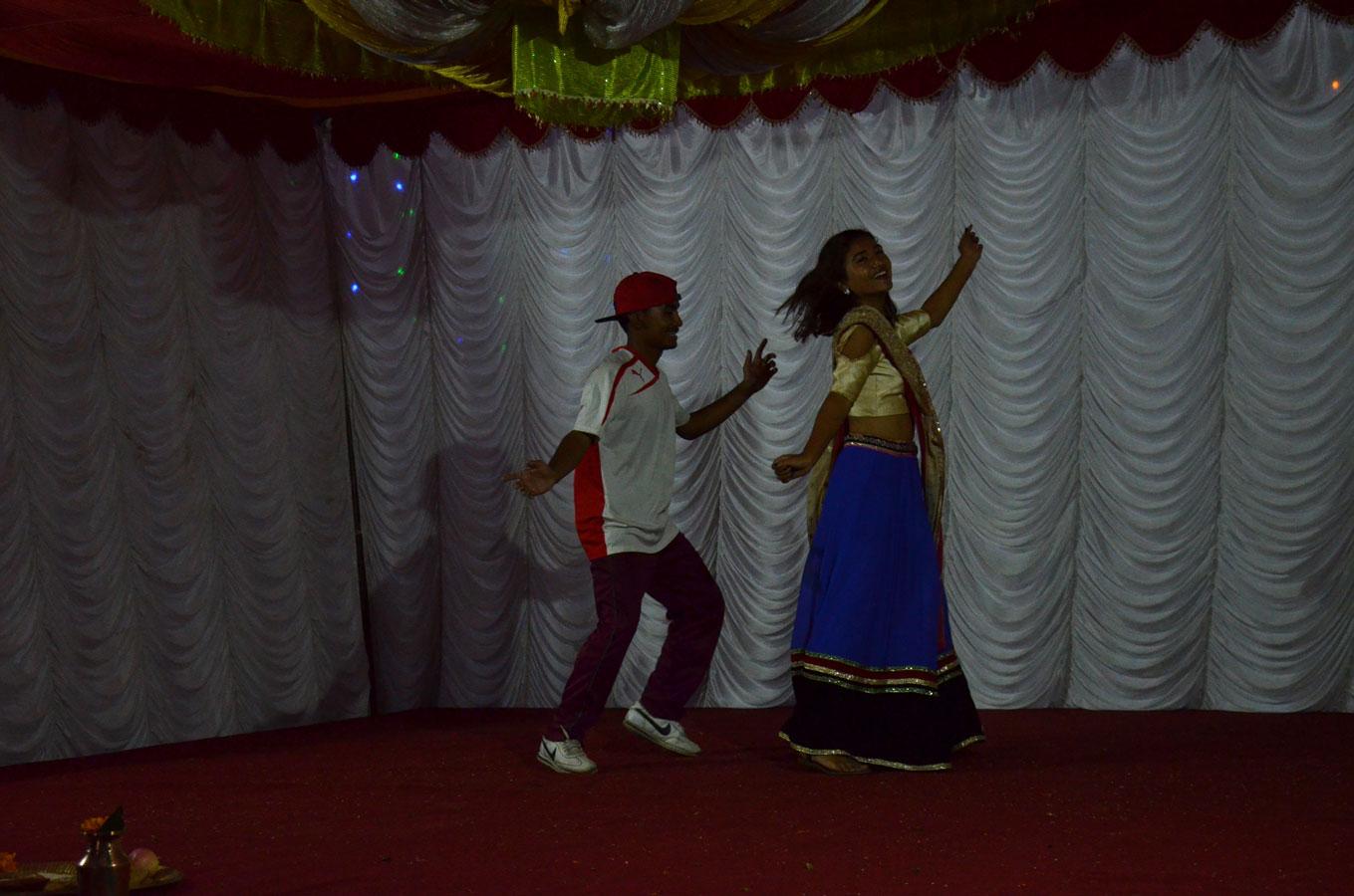 Traditioneller und moderner Tanz