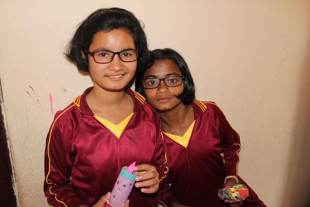Genauso wie Manisha und Meena