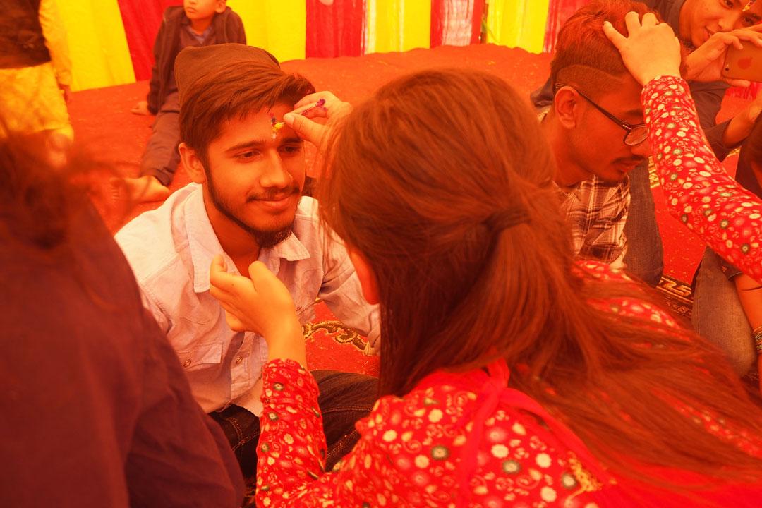 Am Bhaitika findet die traditionelle Tikazeremonie statt.