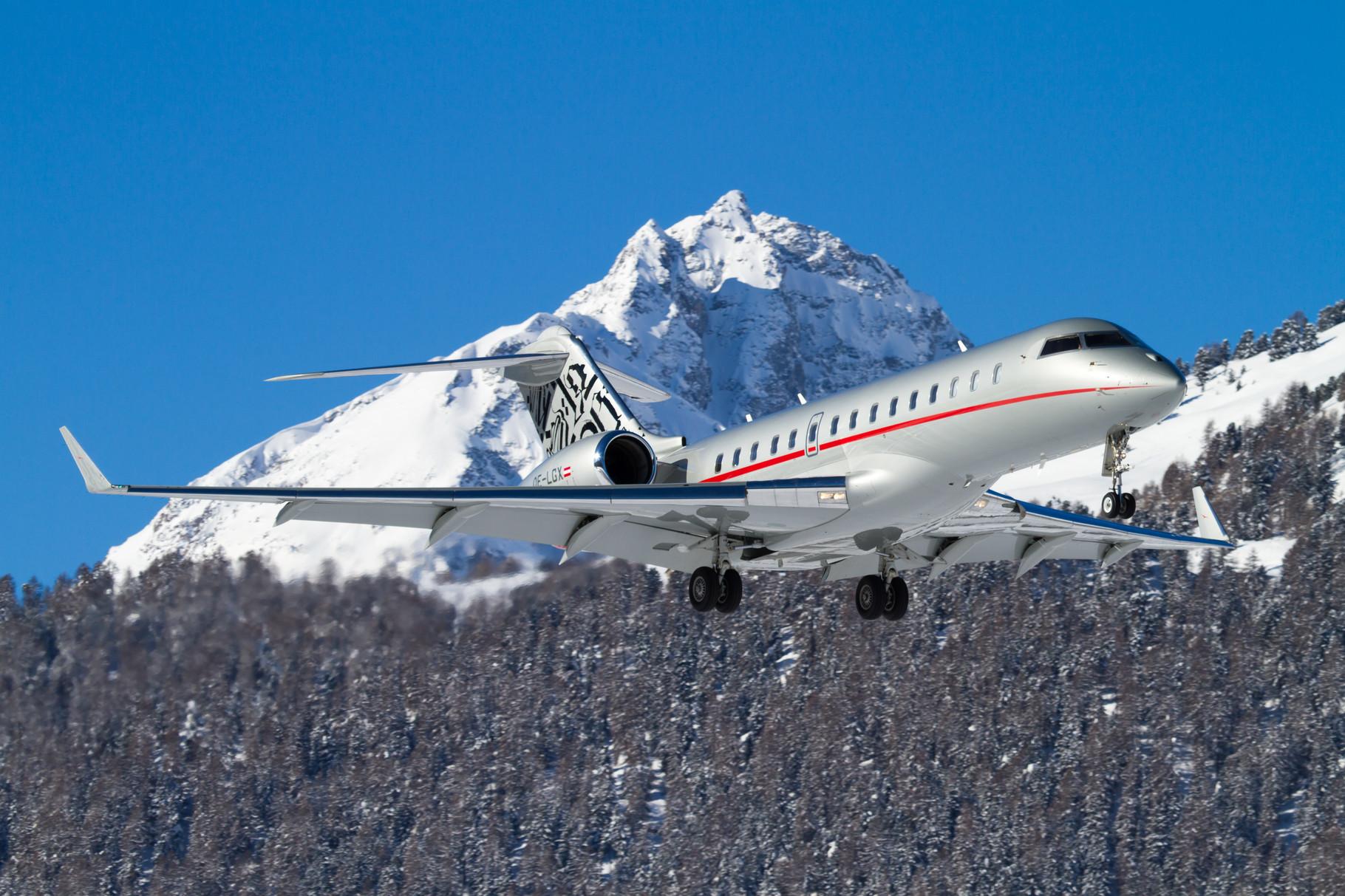 VistaJet Global Express approaching Winter Wonderland... Samedan - St.Moritz, Switzerland