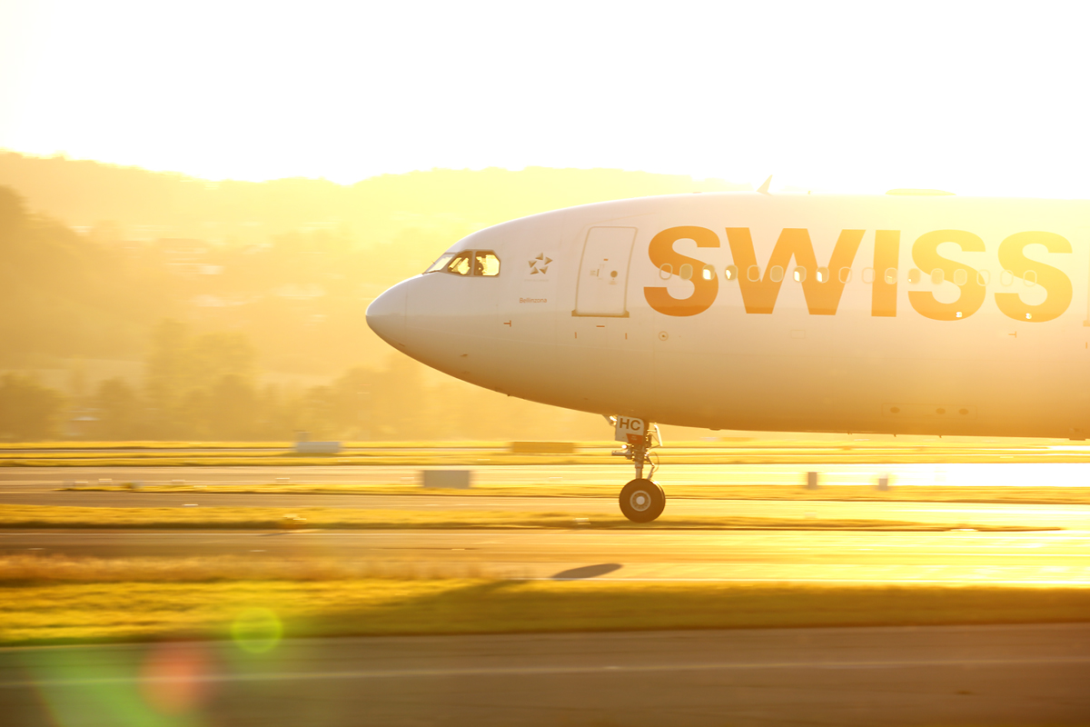 Touchdown of Swiss Airbus A330, Zürich-Kloten, Switzerland