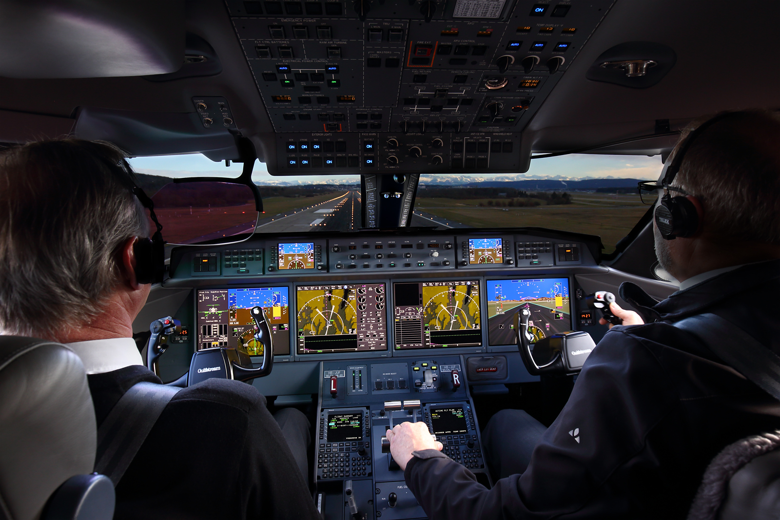 Jumpseat Gulfstream G650, approaching Zurich, Switzerland