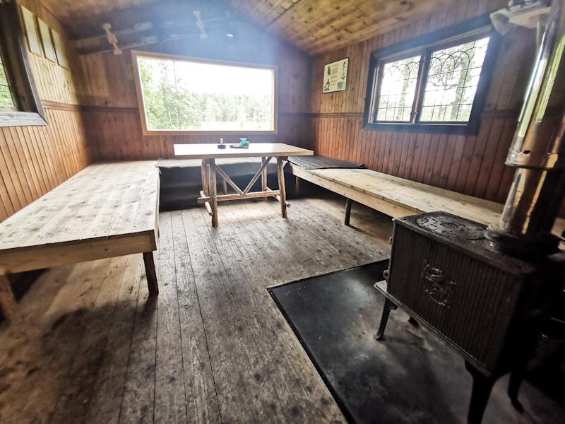Lovely Dragberget Hut