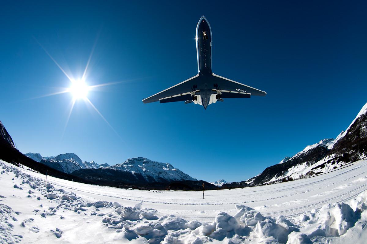 VQ-BLA, Gulfstream G550 approaching Winter Wonderland... Samedan - St.Moritz, Switzerland