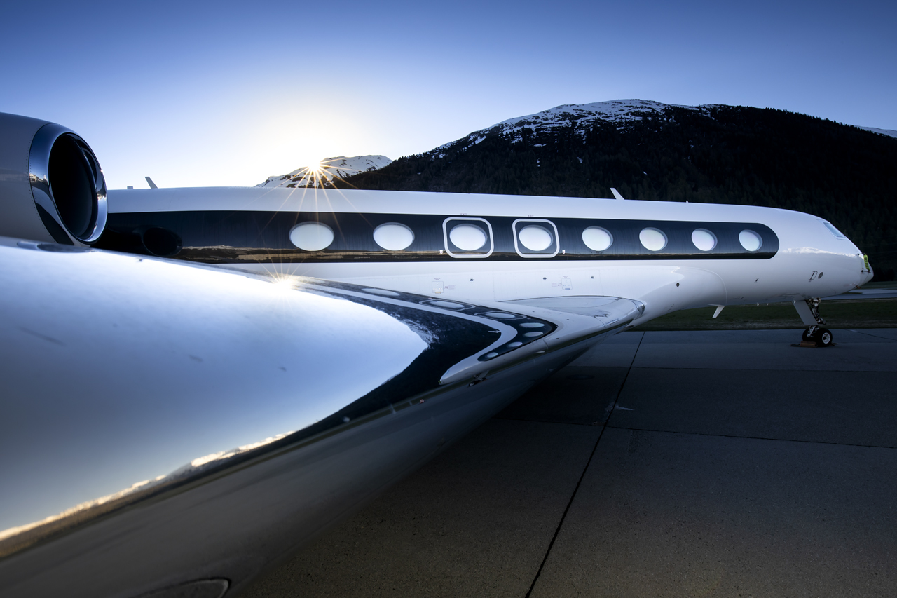 Gulfstream 650 reflections, Samedan - St.Moritz, Switzerland