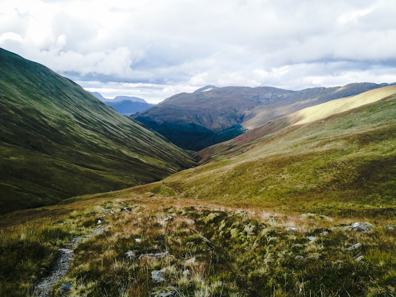 Descending towards Glen Shiel on a easy track