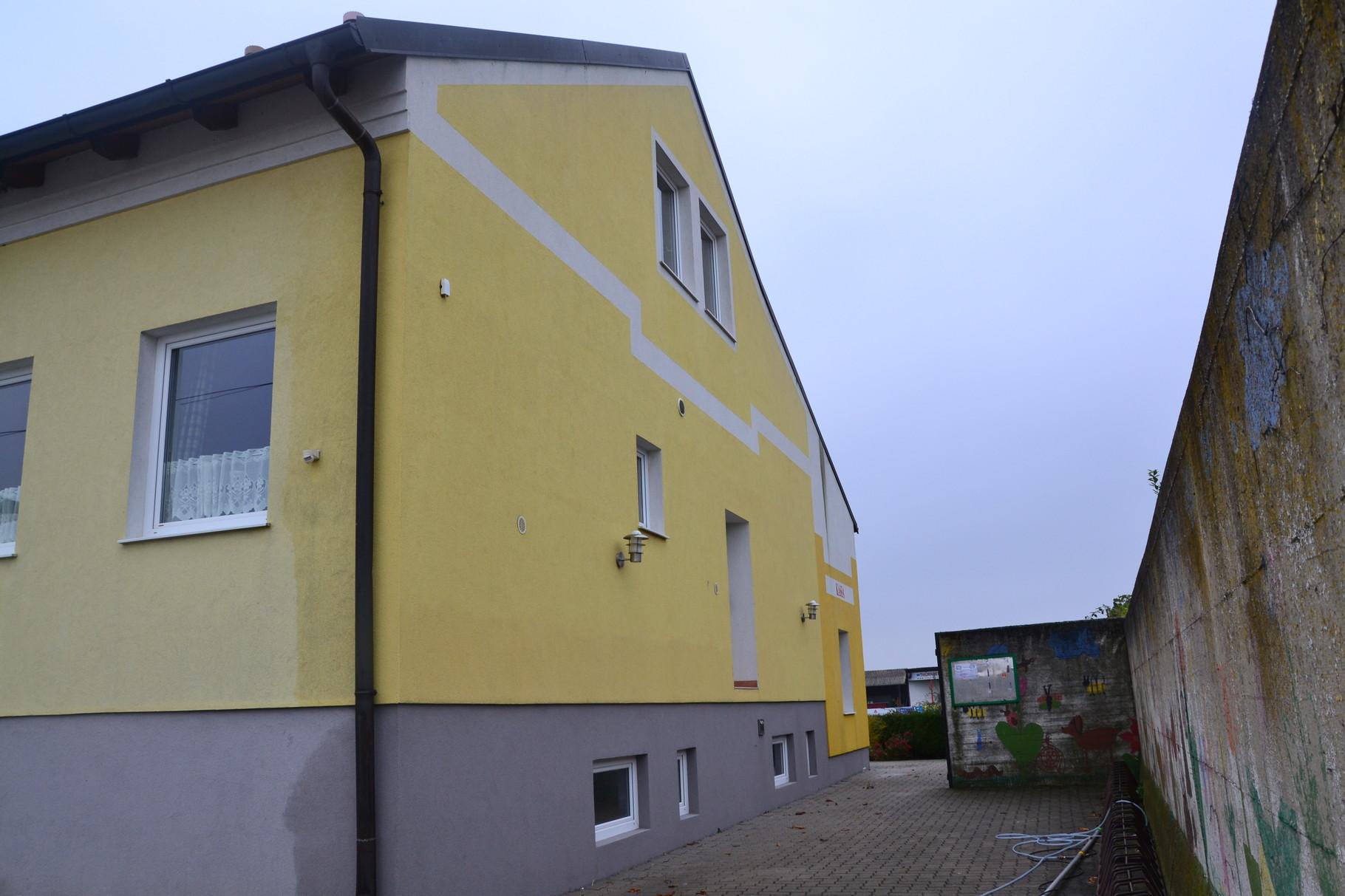 Fassadenreinigung USC Wallern (nachher)