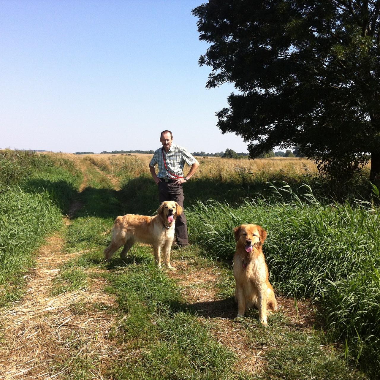 Spaziergang mit Aura und Herrchen