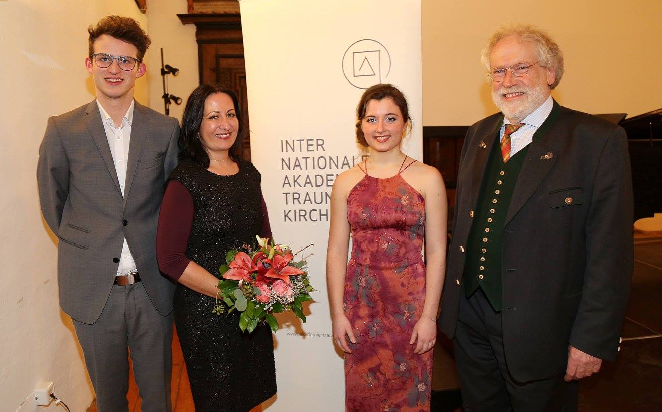 Elias Gillesberger (Klavier), Prof. Dr. Barbara Horejs, Martha Matscheko (Sopran), Prof. Anton Zeilinger   ©IAK Traunkirchen