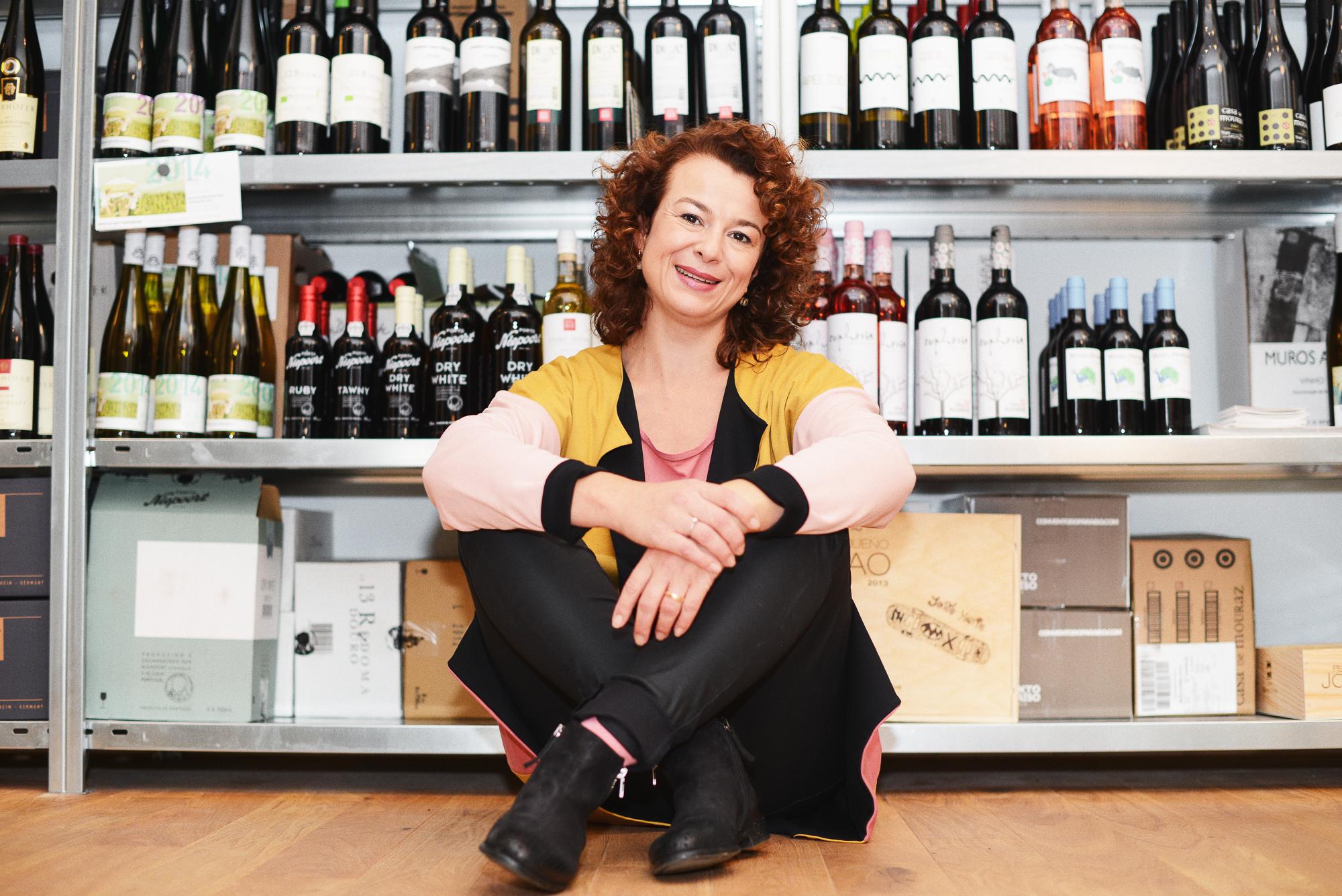 Deutsch lernen mit Katharina Wegner von Weinveritas: eine Weinpräsentation / Learn German with Katharina Wegner from Weinveritas: A wine presentation