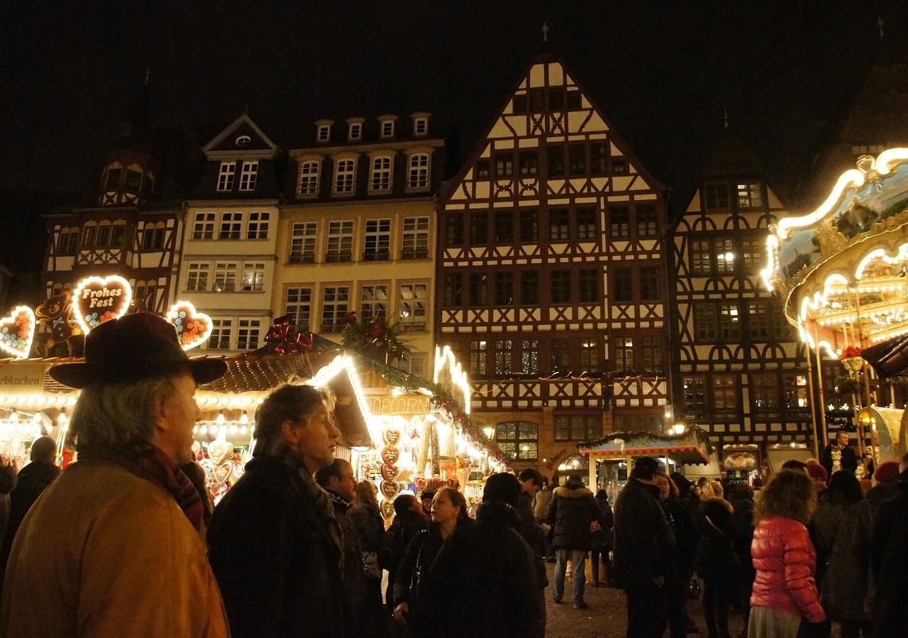 Deutsch lernen auf dem Frankfurter Weihnachtsmarkt, ein neuer Artikel von Laura  / Learn German at Frankfurt Christmas market, a new article by Laura