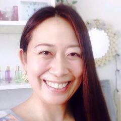 宮本喜美代 滋賀県でロミロミとルノルマンのセッションやお茶会を開催しています。