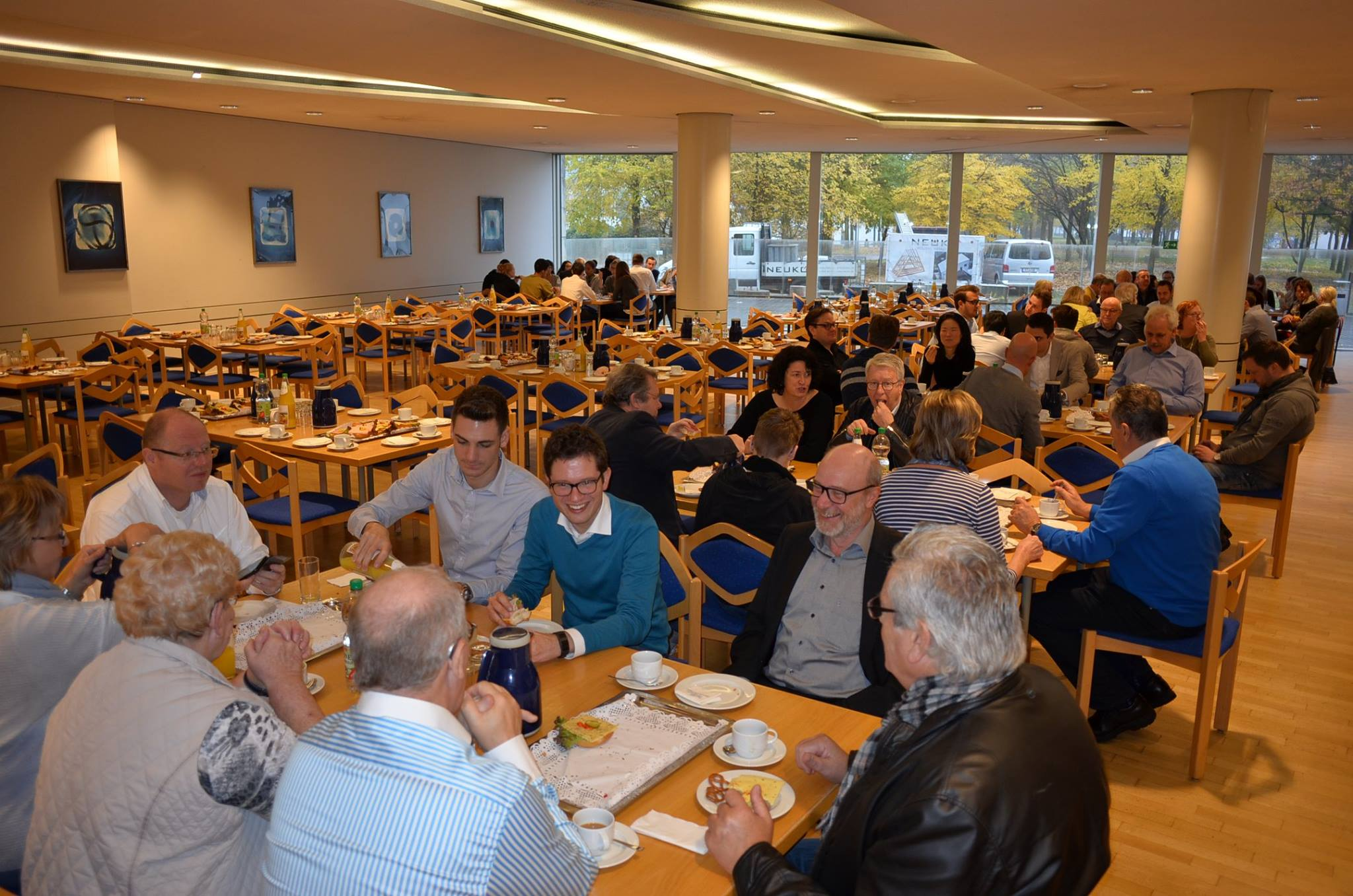 Frühstück in der Kantine des Landtags