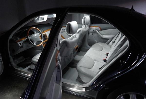 audi led set innenraum licht xenon led besseres licht beim fahren. Black Bedroom Furniture Sets. Home Design Ideas