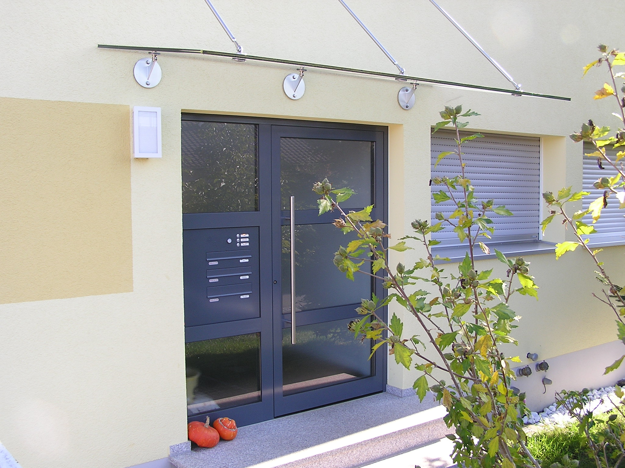 Haus und Eingangstüren Ihr Metallbauer aus Mössingen