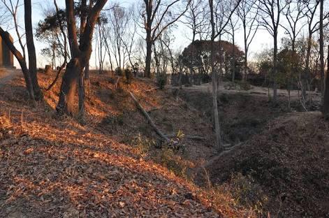 築城時のままの空堀