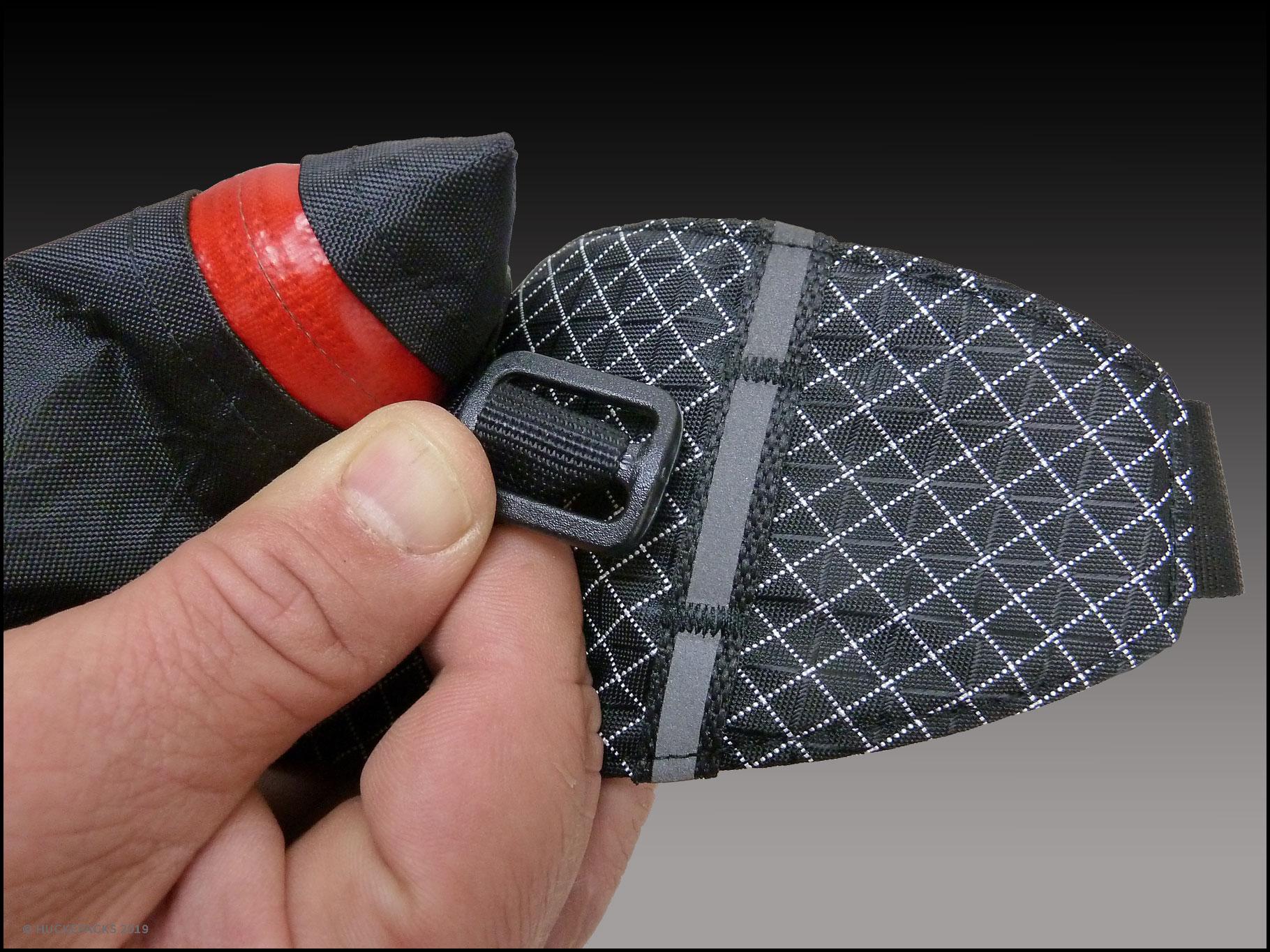2. Die Triglide-Schnalle um 90° drehen.
