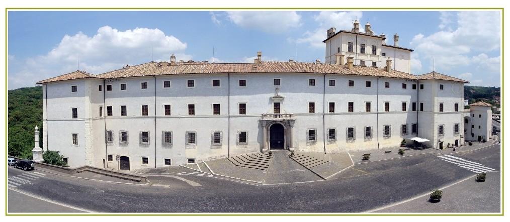 Ariccia, ingresso del museo di Palazzo Chigi.