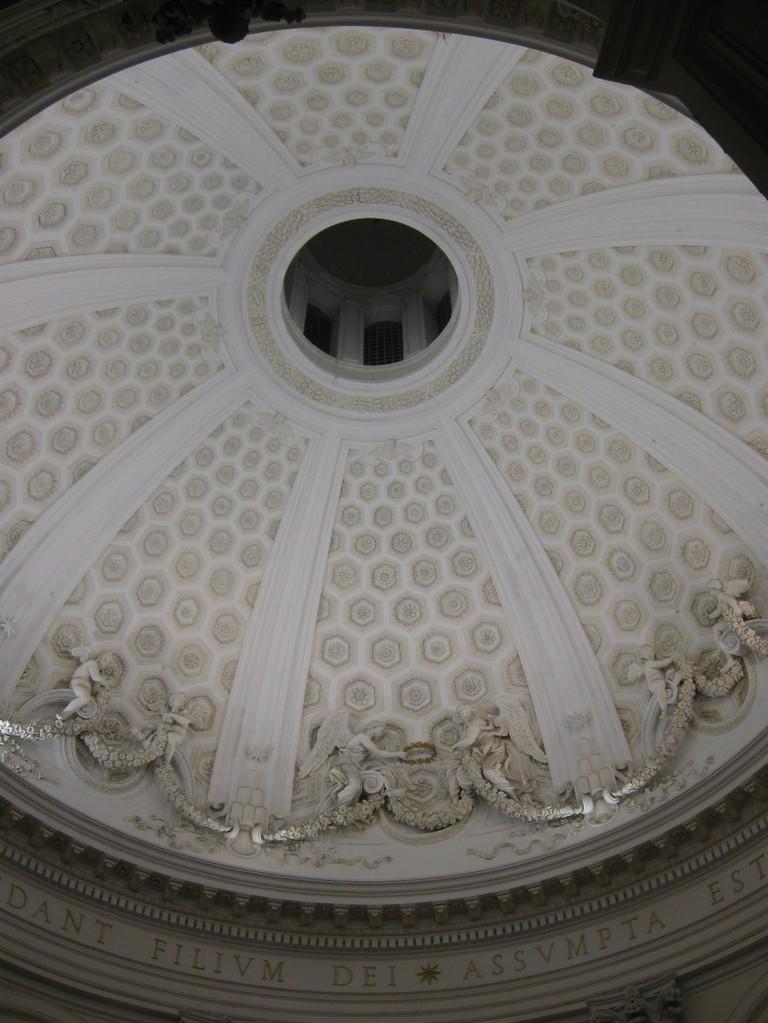 Chiesa S.Maria dell'Assunta, foto dell'interno della Cupola. Arch. G. Bernini.