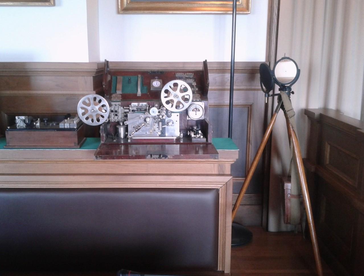Cassetta telegrafica Pio Pion e apparato militare per telegrafia ottica - IK6BAK Eliseo