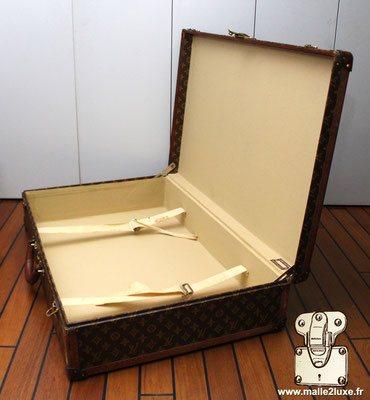 Bisten Louis Vuitton ouverte