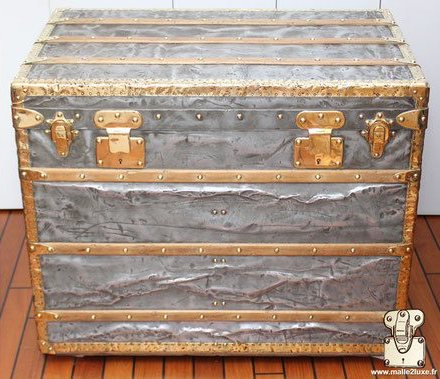 Louis Vuitton 1888 anti-return lock trunk