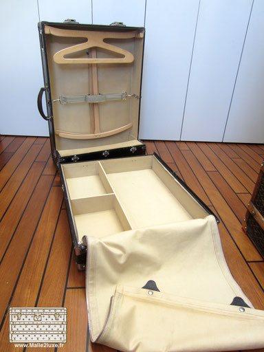 valise armoire moynat ancienne malle