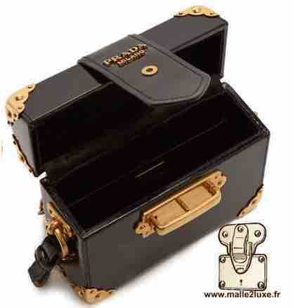 CAHIER MINI PATENT BOX BAG - PRADA trunk noir